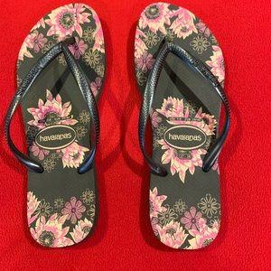 Woman's Floral Havaianas Flip Flops